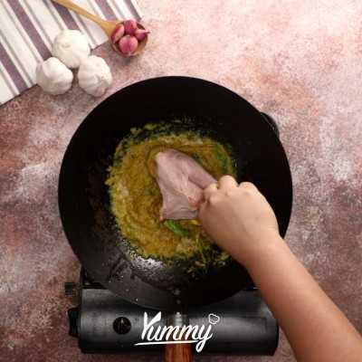 Step 2 Ayam Goreng Basah Khas Sunda