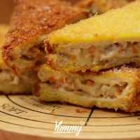 Melted Ragout Fried Sandwich