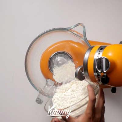 Step 1 Roti Naan Keju