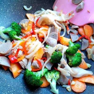 Step 4 Nasi Goreng Sayuran