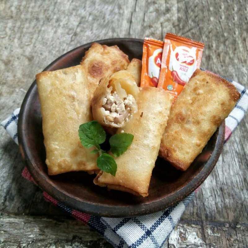 Resep Lumpia Isi Tahu Sosis Jagomasakminggu5periode2 Dari Chef Ayu Nabillaa Yummy App