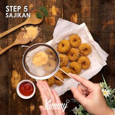 Step 5 Potato Ring Keju