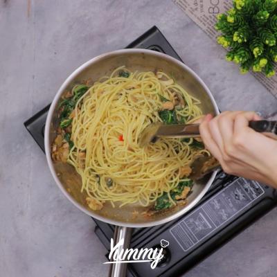 Step 4 Spaghetti Tuna Bayam