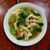Cah Brokoli Ayam