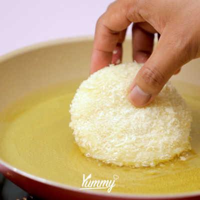 Step 4 Roti Isi Ragout Ayam