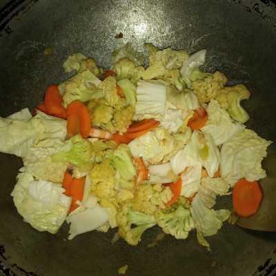 Step 4 Sayuran Campur Cah Udang