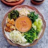 Gado-Gado Vegetarian Ala Betawi #JelajahBarat