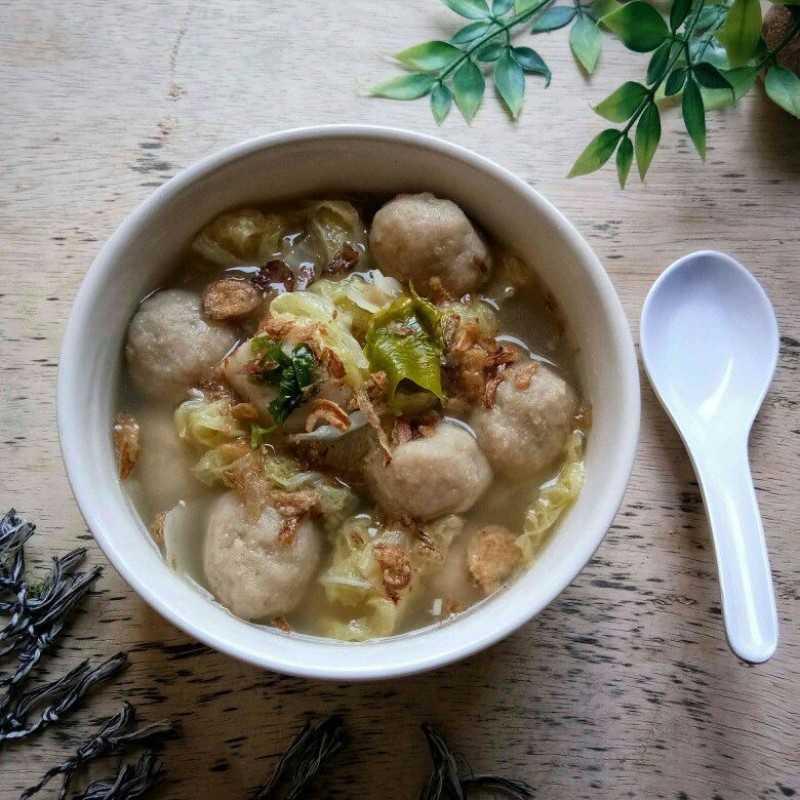 Sup Sawi Putih Bakso Sapi
