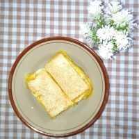 Sandwich Roti Tawar Isi Sosis Keju