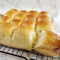 Roti Sobek Autolisis
