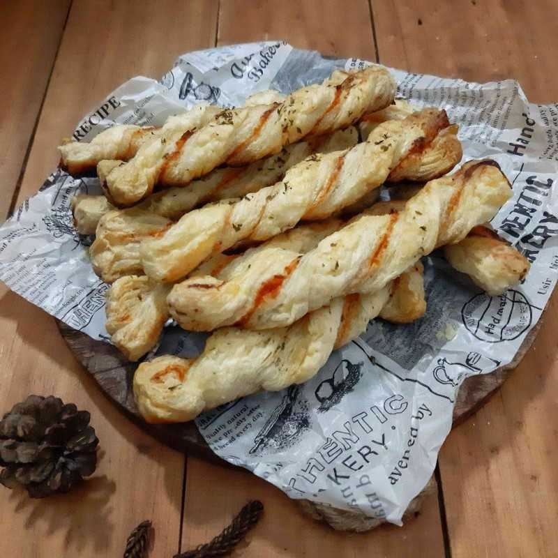 Tomato Cheese Stick Pastry #DiRecookYummy