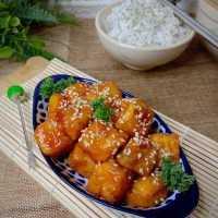 Korean Crispy Sweet Tofu
