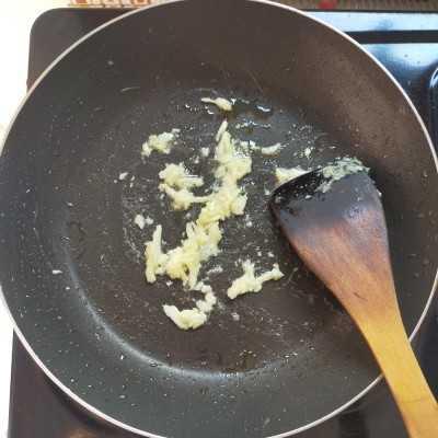 Step 1 Sup Tomat Telur #MPASIEkstraPoin