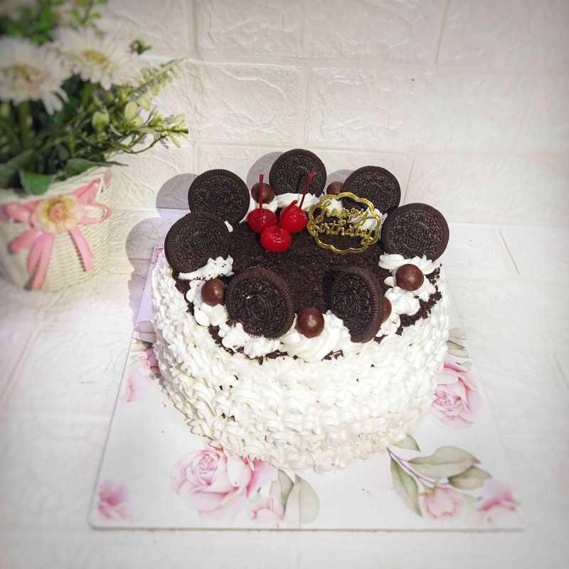 Kue Ulang Tahun Toping Oreo