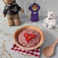 Bubur Oatmeal Strawberry MPASI 12+ #YummyMPASIChallenge
